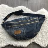 Rucksack, Große Gürteltasche für den Rücken, Upcycling Jeans.